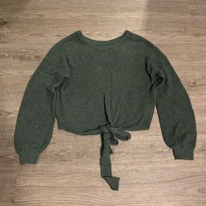 Hollister Tie Front Sweater Size Small